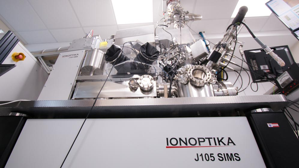 Mass spectrometry equipment